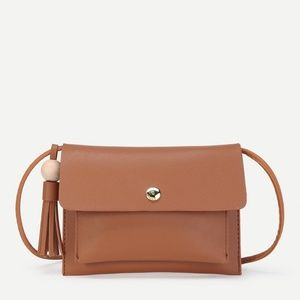 ❤SALE LAST ONE❤ brown faux leather crossbody bag